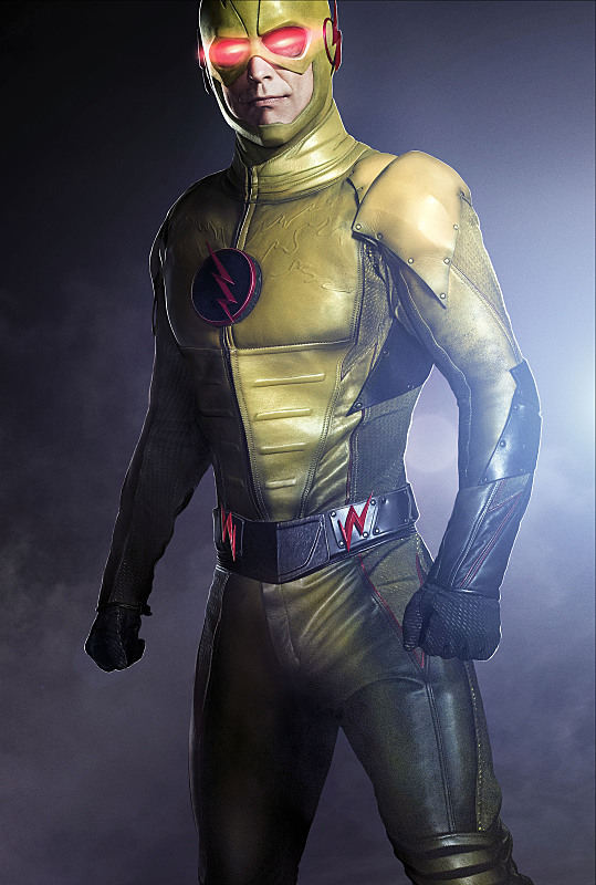 reverse-flash-cw-first-image-Tom-Cavanagh-